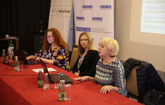 Efikasnija zaštita prava novinara moguća jačanjem solidarnosti, dijaloga i samokritičnosti unutar profesije