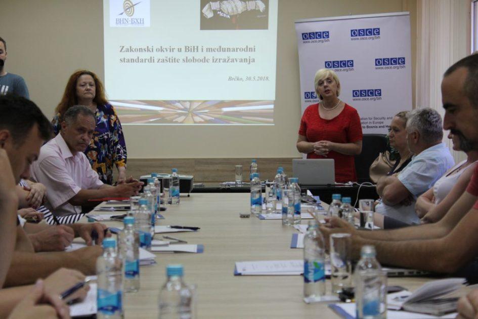 Novinari u Brčkom razgovarali o mehanizmima za zaštitu radnih i profesionalnih prava