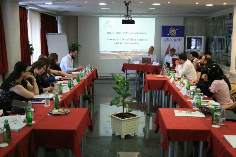 Novinari i aktivisti iz Sirije i Iraka na radionici o izvještavanju i tranzicijskoj pravdi u Sarajevu