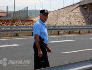 Protest Policijskoj upravi Ljubuški zbog napada na novinare portala Bljesak