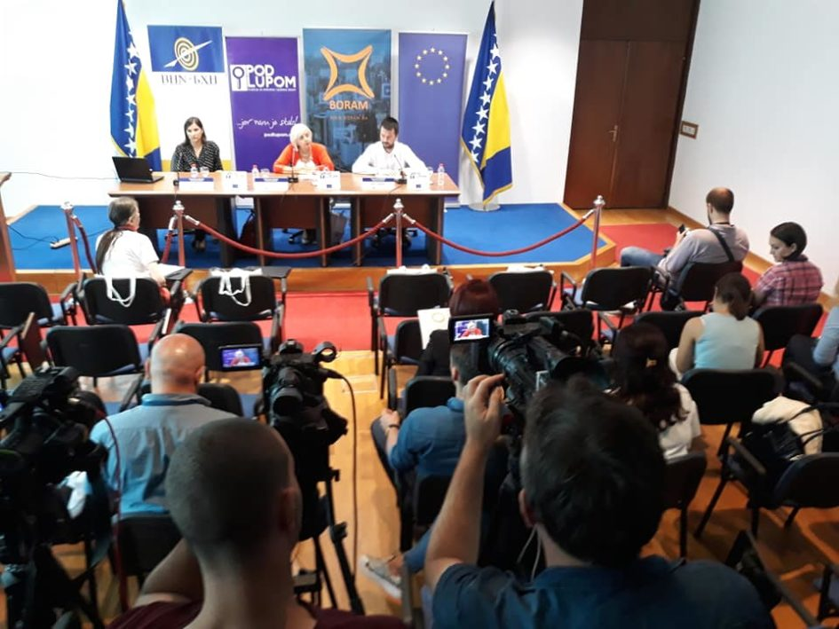 7 od 10 građana smatra da izbori u BiH nisu slobodni, 56% ispitanika će sigurno glasati na predstojećim izborima