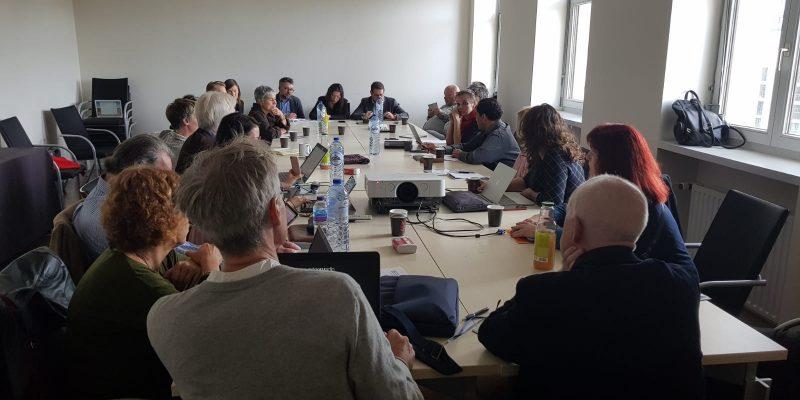 Raste zabrinutost evropskih novinara zbog sve većeg miješanja politike u rad javnih RTV servisa