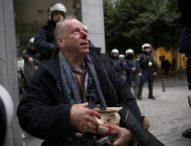 Novinar u Atini brutalno napadnut