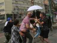 Osobe koje su napale reportere Klix.ba i Al Jazeere Balkans osuđene uslovno na po šest mjeseci zatvora