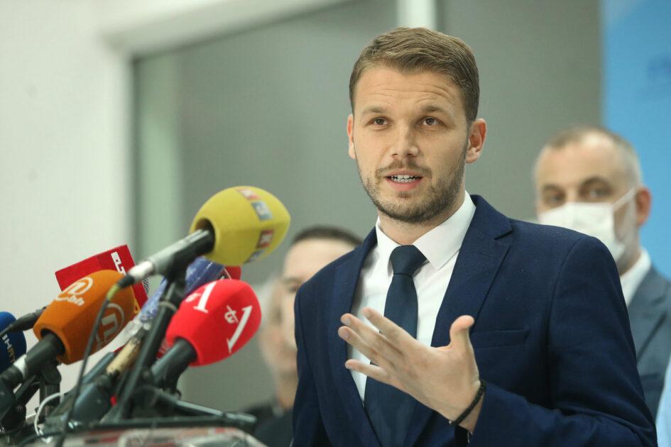 BH novinari: Gradska uprava Banje Luke i gradonačelnik Stanivuković moraju novinarima omogućiti pristup javnim informacijama